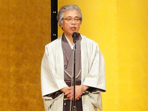 木村理事長  「生徒の皆様の素晴らしい装いでの入場を拝見し、学院のグレードの高さを見ることが出来ました」