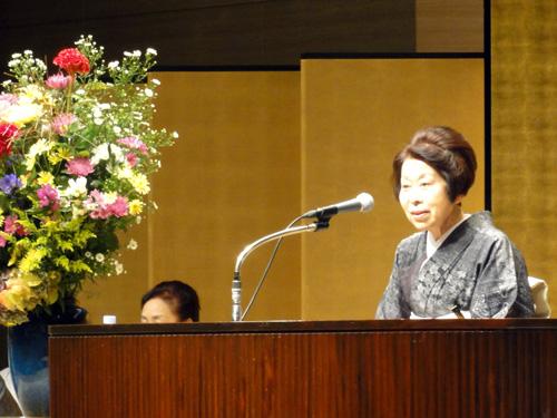 【大月学院長挨拶 】<br />「日本の財産である【きもの】と年中行事を、皆さまと一緒に大切に守っていきたいと思います。」