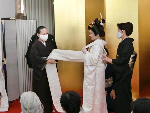 花嫁の着付け(帯結び1)